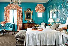 turkusowe sztukateryjne ściany w sypialni